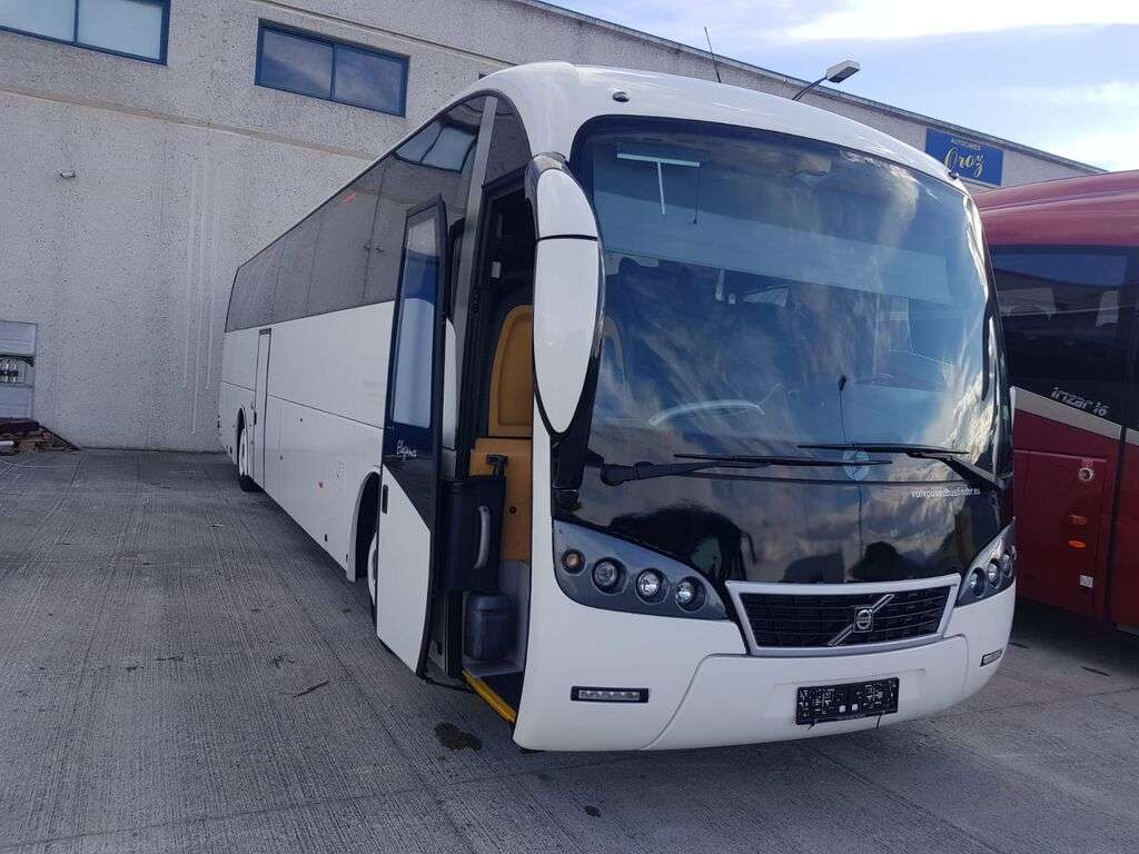 VOLVO Sunsundegui autobús de turismo - Photo 1